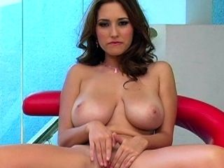 Shay Laren fucks her shaved hole on the video cam