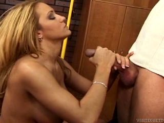 Sexy Busty Blonde Gives A Great Blowjob And Gets Her Cunt Slammed
