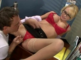 Tyann Mason just enjoyed a nice cunilingus from her friend