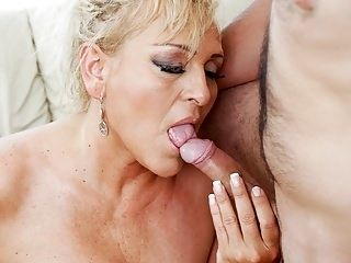 Chubby granny Magdi needs deep fuck