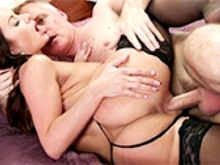 Cindi Dollar fucks with her lover, who cums in her vagina