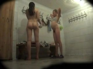 Extremely Hot Chicks Recorded In A Changing Room