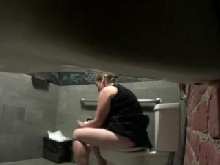 Chubby Mature Slut Takes A Poop In Hidden Cam Video