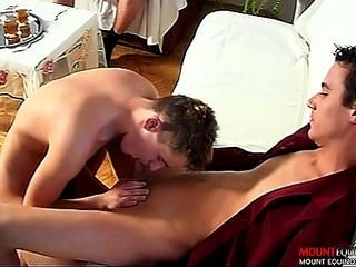 Sexy sin cortar europeo Twinks Clip # 2