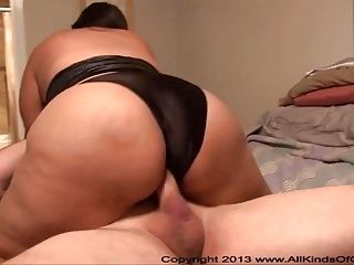 Anal Big Butt Mexican Housewife MILF (2)