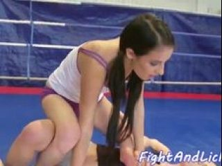Smalltits Dyke Fingered By After Wrestling (3)