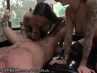 ROCCOSIFFREDI SEXY SQUIRTING AUDITIONS ORGY (3)