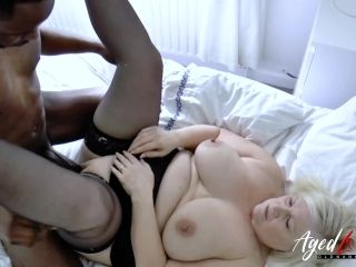 Old chubby mature granny BBW interracial hardcore sex experiment (2)