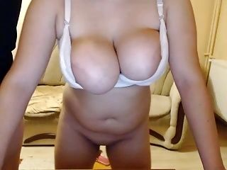 Webcam Big Boobs And Areolas  (11)