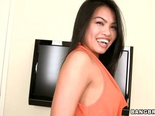 Cindy Starfall sucks a fat prick and takes it in her exotic snatch