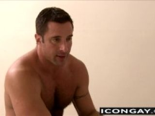Big Muscled Daddies Like To Have Sex After A Conversation (5)