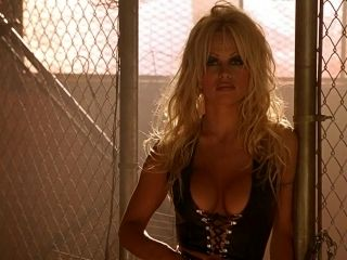 Barb Wire (1996) Pamela Anderson (2)
