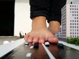Giantess Gf Rampage Traffic Jam