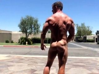 Muscle hunk risky Exhib in street