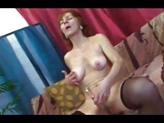 Granny Showing Some Blowjob Skills At Her Age (4)