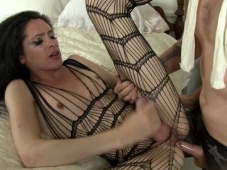 Seductive Shemale With Perky Tits Enjoys A Kinky Bed Sex Scene (2)