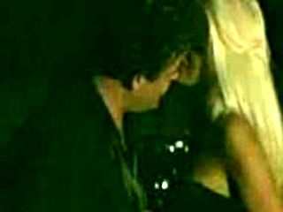 Victoria Silvstedt blowjob