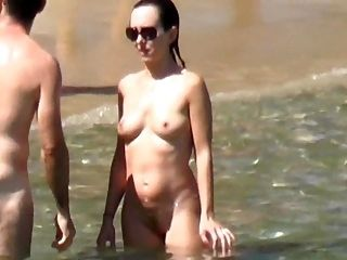 Naked Hot And Hat Girl Walking Sunbathing On The Beach
