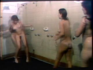 Classic Catfight-Naked WIP Shower Catfight