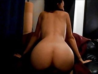 Horny French Mom Shaking Ass