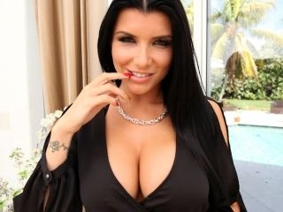 Wild fuck on the couch for Romi Rain