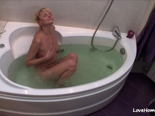 Nerdy Blonde Gets Naked And Takes A Bath (2)
