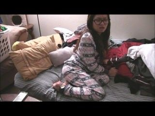 Sexy asian girl farts