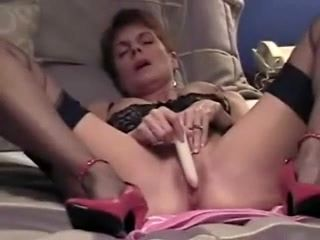 Hardcore Homemade Solo With Mature Amateur Brunette