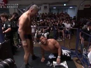 Suzuki softens Sanada up with sleepers then KOs the stud with a pile driver