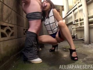 Cum swallowing Japanese girl pisses,swallows cum after blowjob