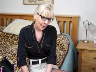 mature British housewife Elaine aka Hazel May solo