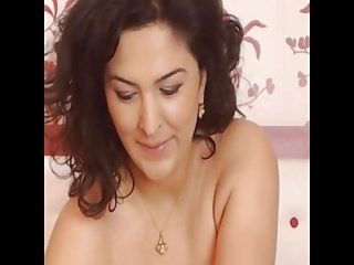 Hottest MILF you'll ever see - Add her on Snapcht: RubySuce