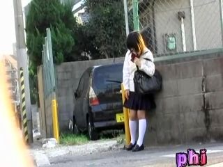 Skirt Sharking For A Girl Who Was Waiting For Her Cab