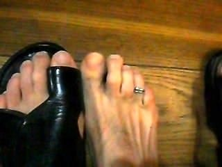Male Toes Close Up
