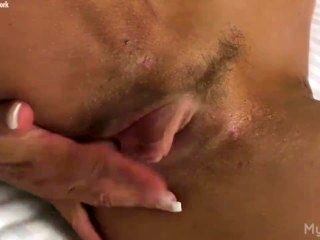 Muscular Model Play with Her Big Clit (2)