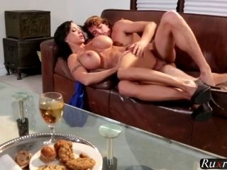 Jewels Jad Guy Loves Horny Housewifes Tits HD  (2)