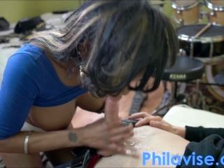 Interracial Beeg and fingering + squirt with Caramel Starr