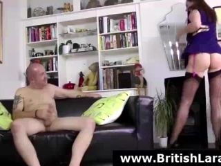 British MILF Lara Latex fucking amateur guy (2)