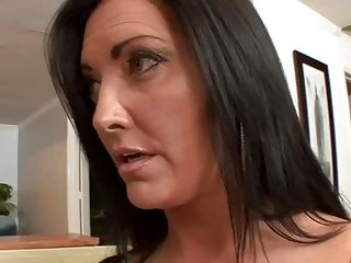 Bigtitted Stepmom Pussylicking Taboo Teenager (2)