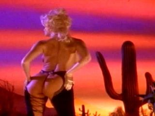 Anna Nicole Smith shows every part of her beautiful body