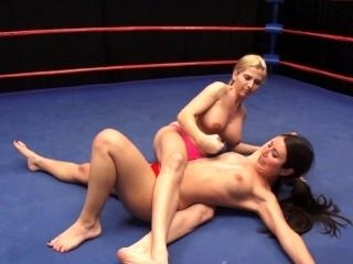 Topless Ring Wrestling (3)