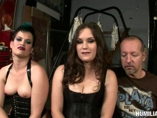 Display of bondage hot ass dame anal getting screwed in BDSM shoot