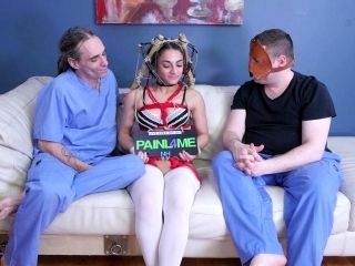 Inferior sweetie Violet Sky likes sexy bondage and BDSM action