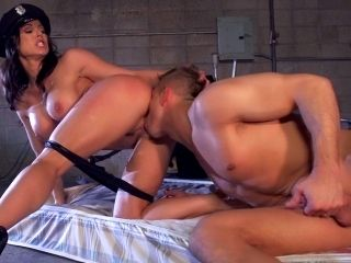 Bill Bailey penetrates sexy slender police-babe Kendra Lust