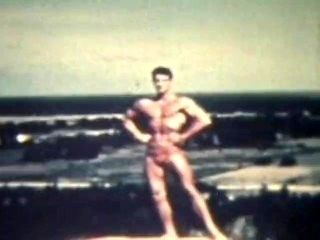 The Young Physique - Pose Please (Glen Bishop)