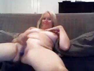 Masturbation Blonde Granny (2)