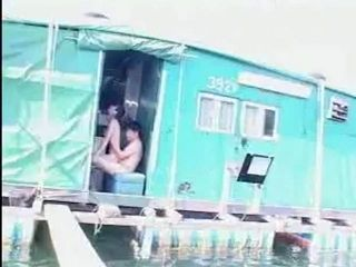 Chinese Couple Fucking In Public (2)