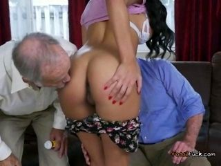 Les webcamshow with aaliyah love licking box 10